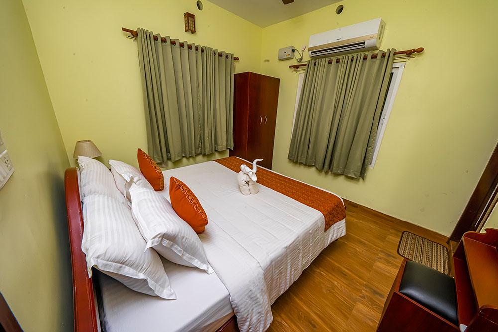 Kootukudumbham Living Room-mangomeadows1